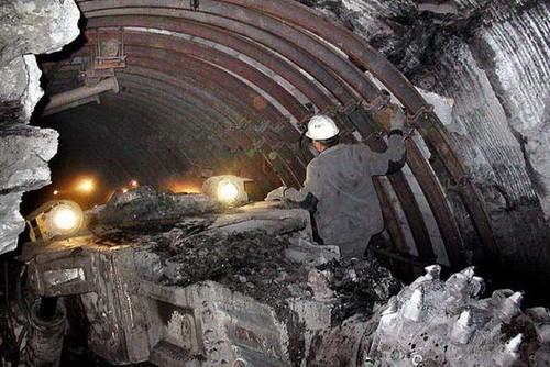Вопрос о закрытии угольных шахт